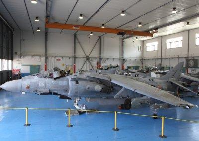 MM7215 AV-8B+ 1-09 GAI